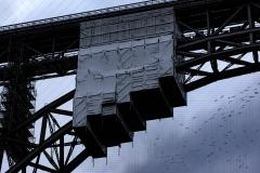 Ingo Brücke mit Zugvögeln